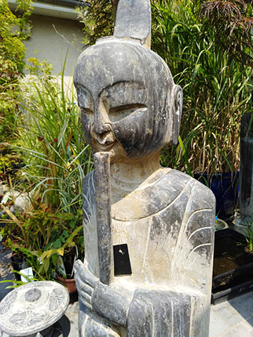 Lil'o bambous - Flutiste en pierre