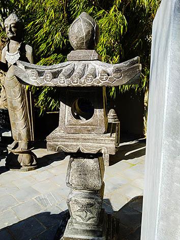 Lil'o bambous - Pagodes asiatiques en pierre