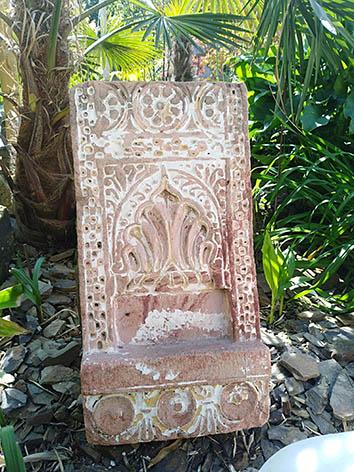 Lil'o bambous - Stèle indienne patinée en pierre