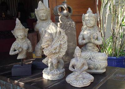 Lil'o bambous - Statues de déesses orientales