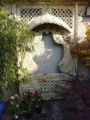 Lil'o bambous - ambiance du jardin - Très beau claustra indien aux motifs de paons