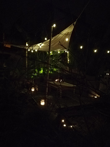 Lil'o bambous - ambiance nocturne - Terrasse